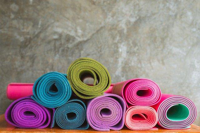 yoga-4650150_640
